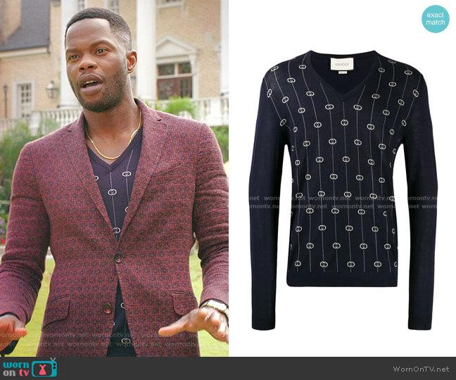 G Stripe V-neck jumper by Gucci worn by Jeff Colby (Sam Adegoke) on Dynasty