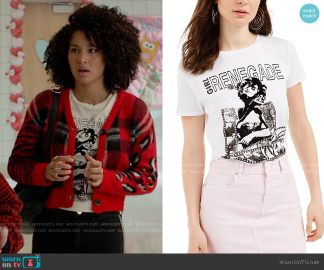 Guess Renegade T-Shirt worn by Gina (Sofia Wylie) on High School Musical The Musical The Series