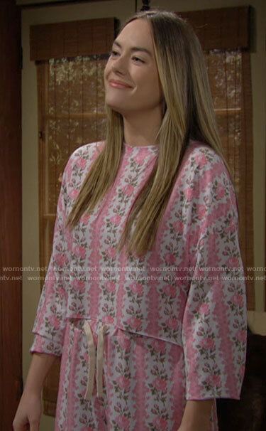 Hope's pink floral pajama set on The Bold and the Beautiful