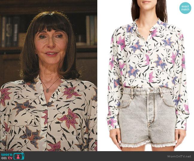 Catchell Shirt by Isabel Marant Etoile worn by Maggie Clarke (Mary Steenburgen) on Zoeys Extraordinary Playlist