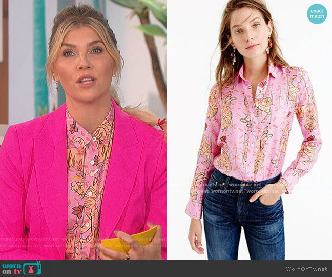 Perfect Shirt in Pink Bengal Tiger by J.Crew worn by Amanda Kloots  on The Talk