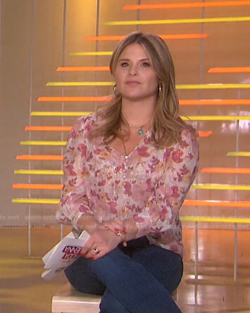 Jenna's pink floral blouse on Today