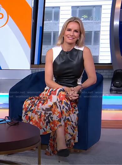 Jennifer's floral pleated skirt on Good Morning America