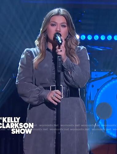 Kelly's gray denim shirtdress on The Kelly Clarkson Show