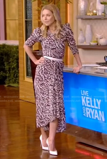 Kelly's abstract print ruched dress on Live with Kelly and Ryan