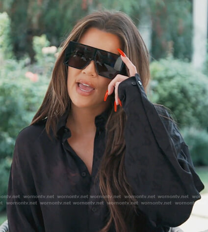 Khloe's black shirt and square sunglasses on Keeping Up with the Kardashians
