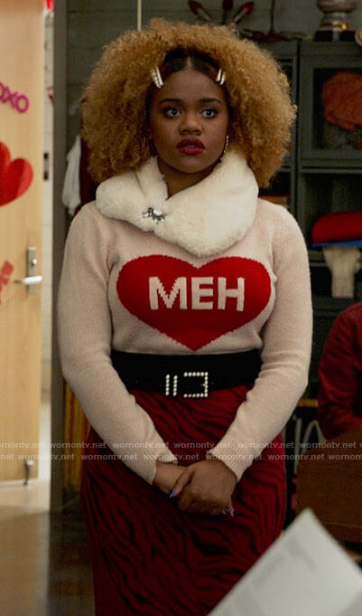 Kourtney's MEH heart sweater on High School Musical The Musical The Series