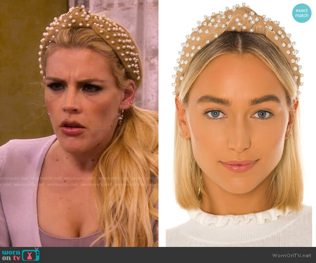 Lele Sadoughi Faux Leather Pearl Knotted Headband worn by Summer Dutkowsky (Busy Philipps) on Girls5eva