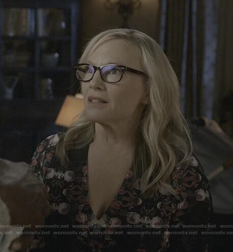 Linda's black floral v-neck dress on Lucifer