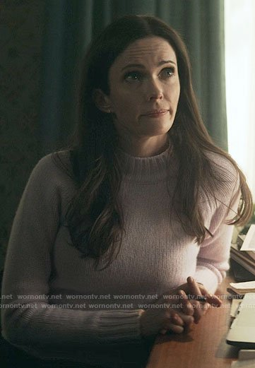 Lois's lilac sweater on Superman and Lois