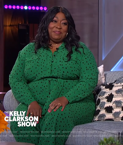 Loni's green dotted jumpsuit on The Kelly Clarkson Show