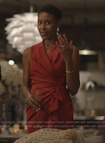 Lynn's red ruffle wrap dress on Black Lightning