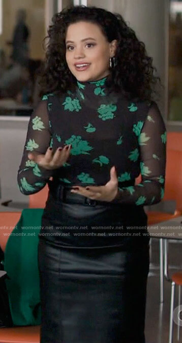 Maggie's black and green floral turtleneck top and leather skirt on Charmed