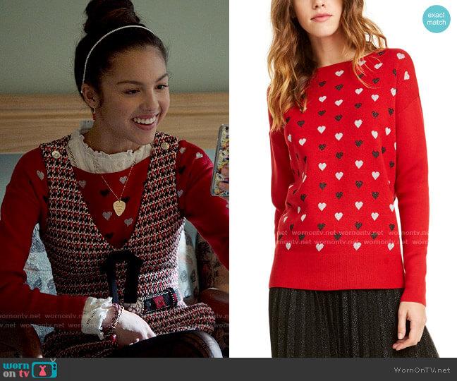 Maison Jules Heart-Print Sweater worn by Nini (Olivia Rodrigo) on High School Musical The Musical The Series