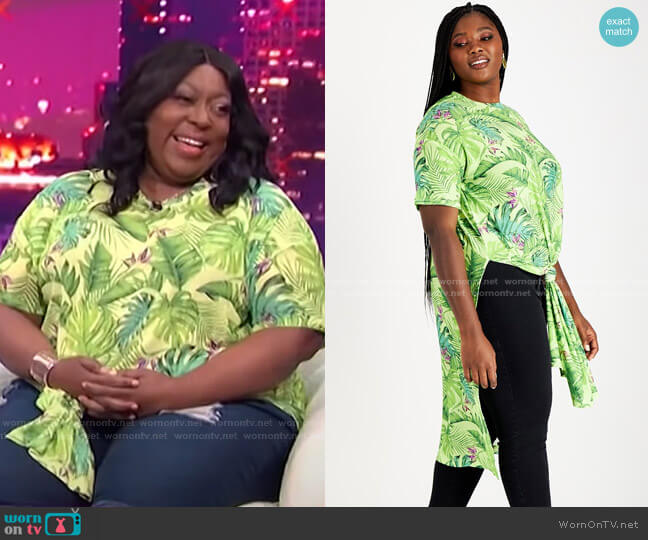 Trendy Plus Size Mesh Tunic by Nina Parker worn by Loni Love  on E! News