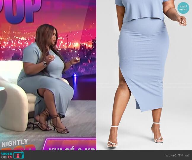 Trendy Plus Size Ribbed Knit Midi Skirt by Nina Parker worn by Nina Parker  on E! News