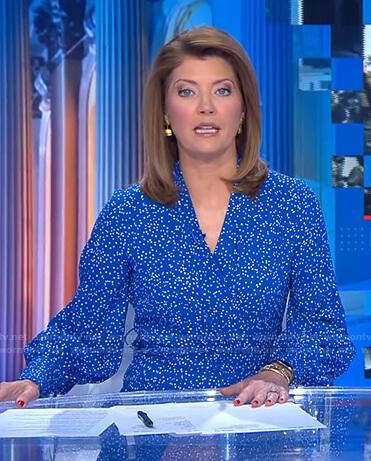 Norah's blue polka dot dress  on CBS Evening News
