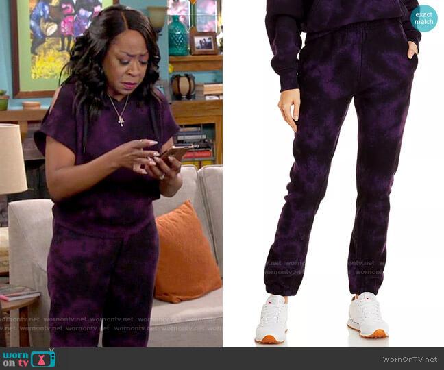 Rag & Bone City Tie Dye Sweatpants worn by Tina (Tichina Arnold) on The Neighborhood