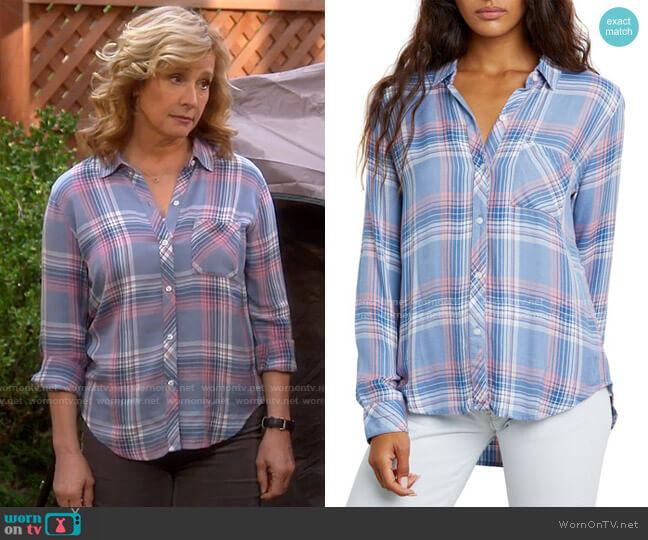 Rails Hunter Shirt in Harbor Pink worn by Vanessa Baxter (Nancy Travis) on Last Man Standing