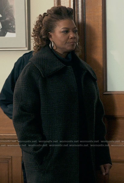 Robyn's plaid oversized coat on The Equalizer