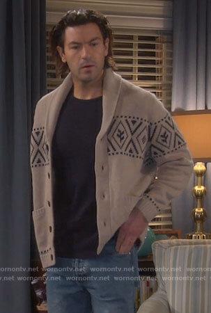Ryan's beige printed cardigan on Last Man Standing