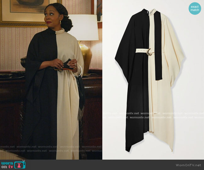 El Sol belted two-tone crepe kaftan by Taller Marmo worn by Lola Carmichael (Simone Missick) on All Rise