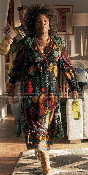 Vi's black floral maxi dress on The Equalizer