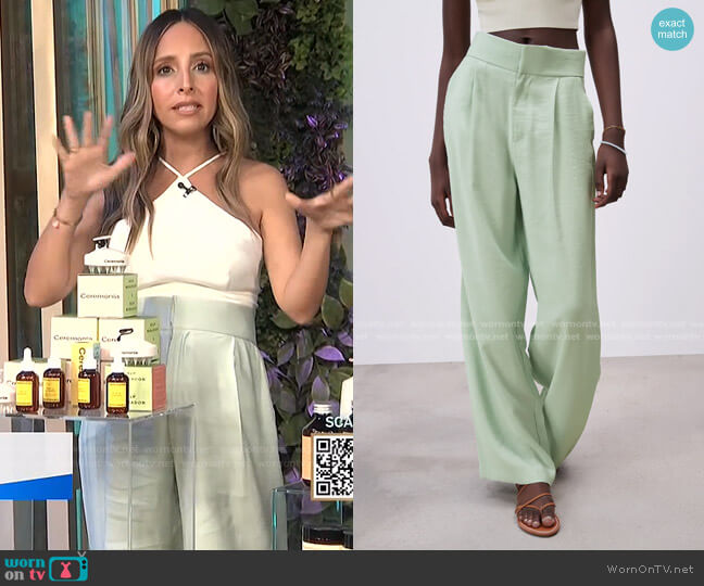 Full Length Pants by Zara worn by Lilliana Vazquez  on E! News