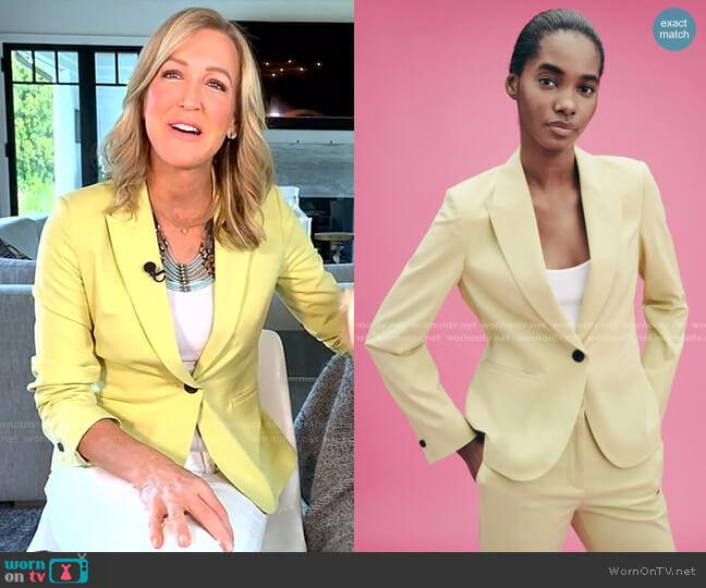 Basic Blazer by Zara worn by Lara Spencer  on Good Morning America