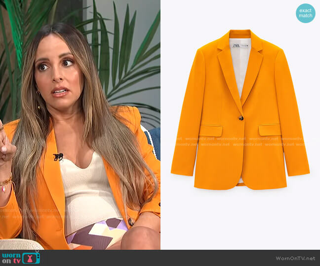 Fitted Blazer with Pockets by Zara worn by Lilliana Vazquez  on E! News