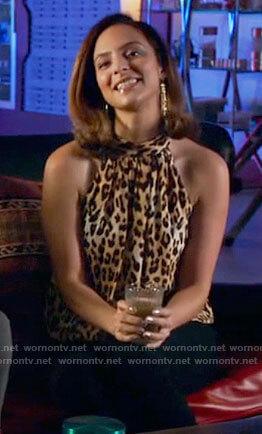Zari's leopard print blouse on Legends of Tomorrow