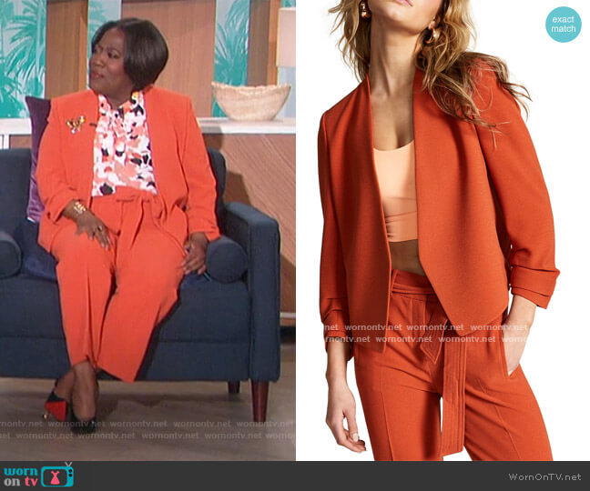 Ruched-Sleeve Jacket and Pants by Bar III worn by Sheryl Underwood  on The Talk
