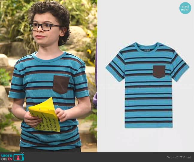 Short Sleeve Pocket T-Shirt by Cat & Jack at Target worn by Matteo Silva (Raphael Alejandro) on Bunkd