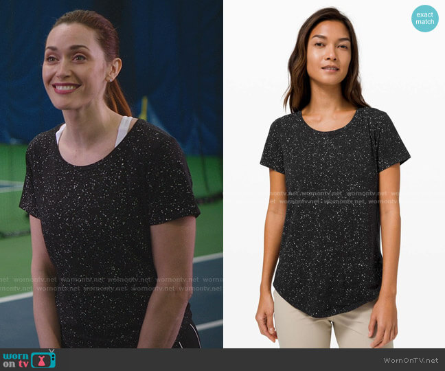 Love Crew Splatter Tee by Lululemon worn by Abigail Pershing (Sarah Power) on Good Witch