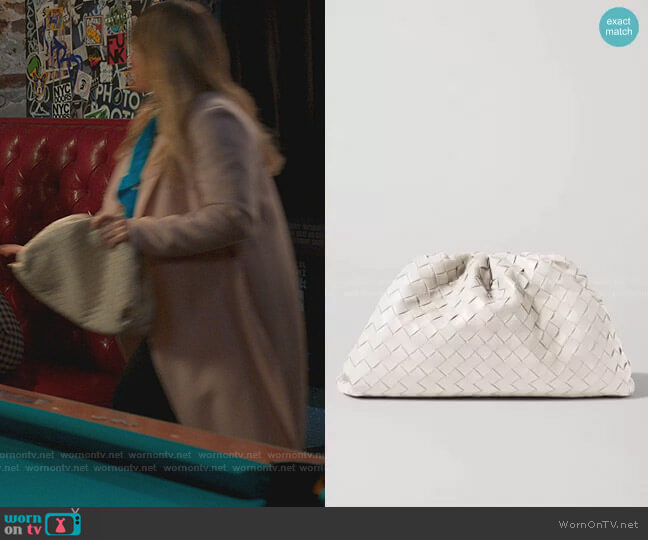 The Pouch Leather Clutch by Bottega Veneta worn by Liza Miller (Sutton Foster) on Younger
