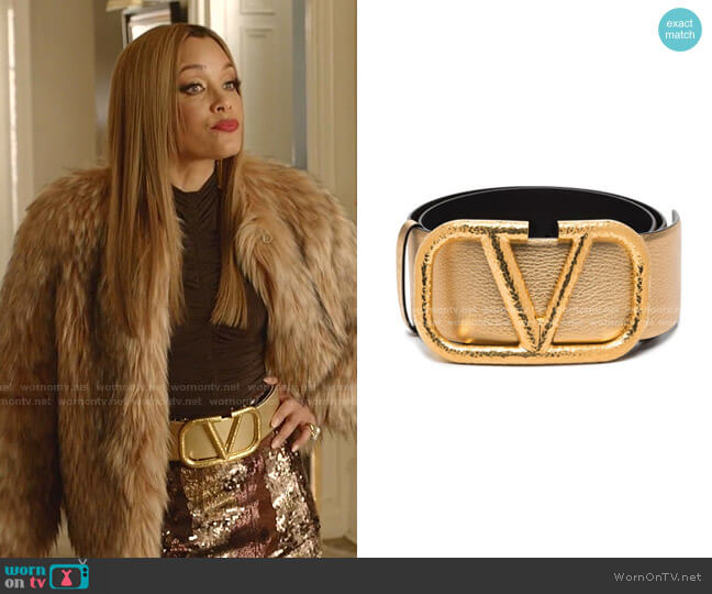 VLOGO Buckle Leather Belt by Valentino worn by Dominique Deveraux (Michael Michele) on Dynasty