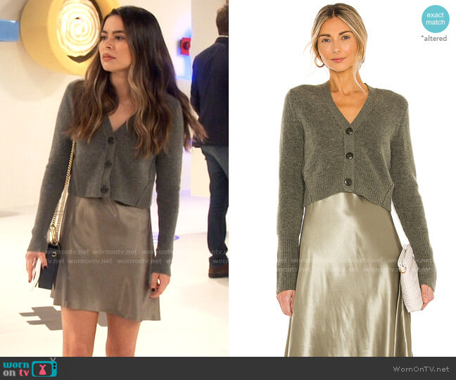All Saints Orri Dress and Sweater worn by Carly Shay (Miranda Cosgrove) on iCarly