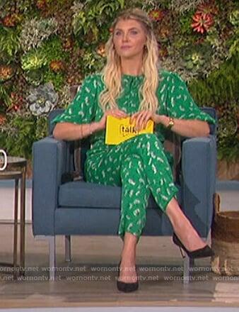 Amanda's green floral print jumpsuit on The Talk