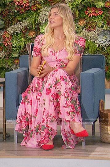 Amanda's pink floral dress on The Talk