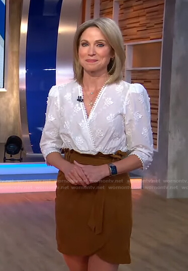 Amy's white floral embroidered top and suede skirt on Good Morning America
