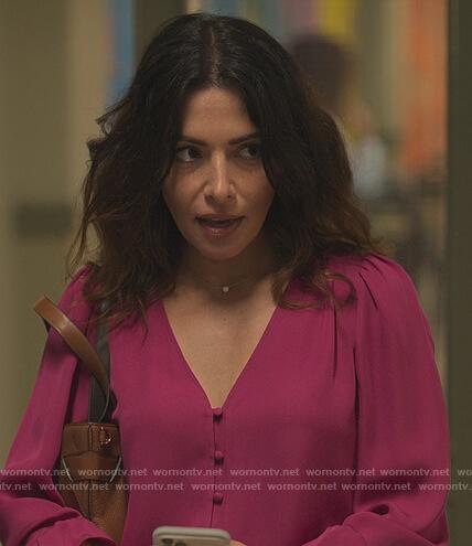 Billie's pink v-neck blouse on Sex/Life