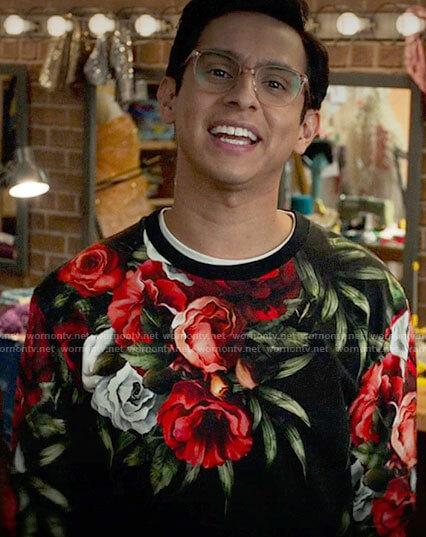 Carlos's rose print sweatshirt on High School Musical The Musical The Series