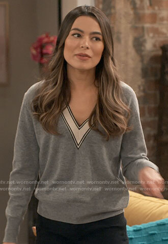 Carly's grey striped trim v-neck sweater on iCarly
