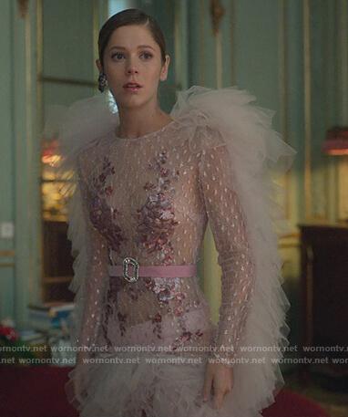 Cayetana's pink tulle ruffle dress on Elite