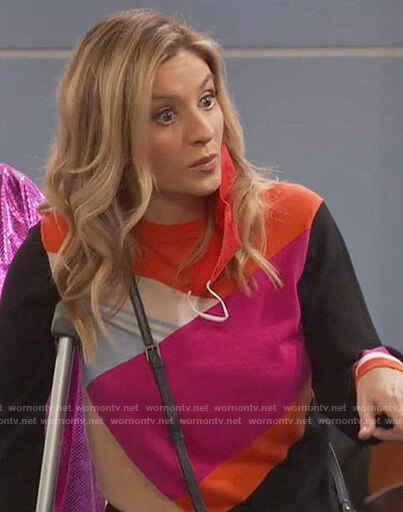 Chelsea's colorblock sweater on Ravens Home