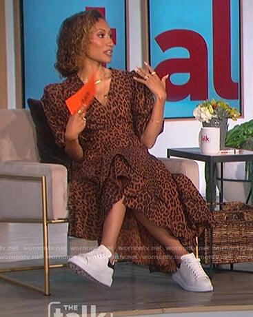 Elaine's brown leopard print wrap dress on The Talk