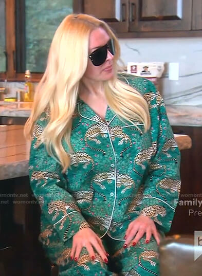 Lisa's black puffer jacket on The Real Housewives of Beverly Hills