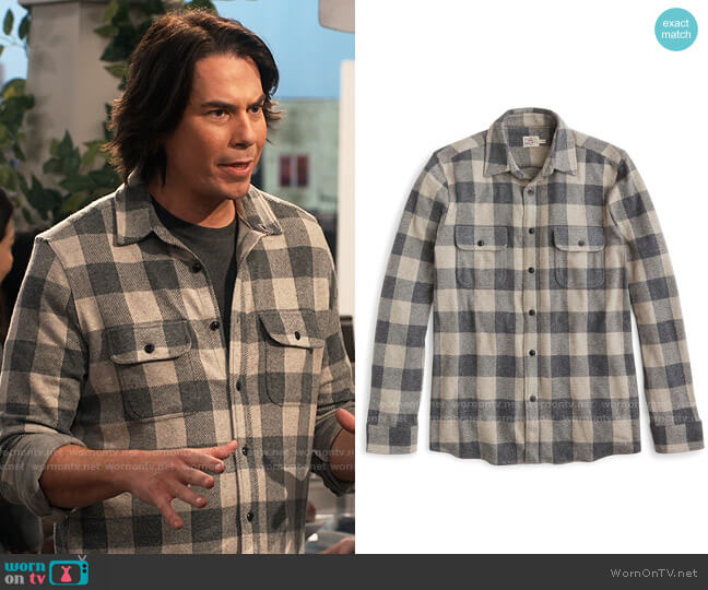 Faherty Legend Sweater Shirt in Tan Charcoal Buffalo Check worn by Spencer Shay (Jerry Trainor) on iCarly