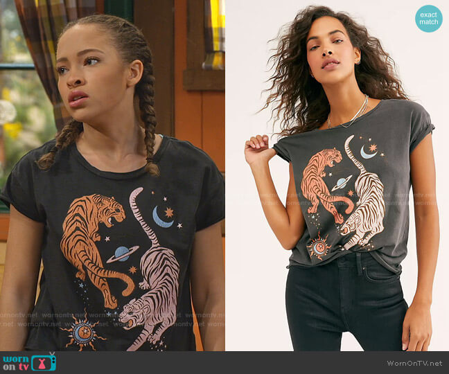 Circling Tigers Tee by Free People worn by Ava (Shelby Simmons) on Bunkd