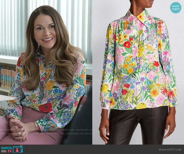 Floral Silk-Jacquard Shirt by Gucci x Ken Scott worn by Liza Miller (Sutton Foster) on Younger